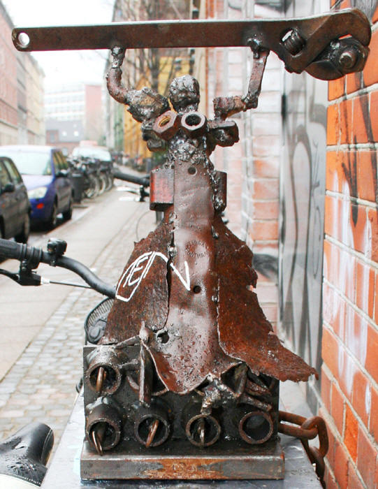 TEJN: Lock On, Street art